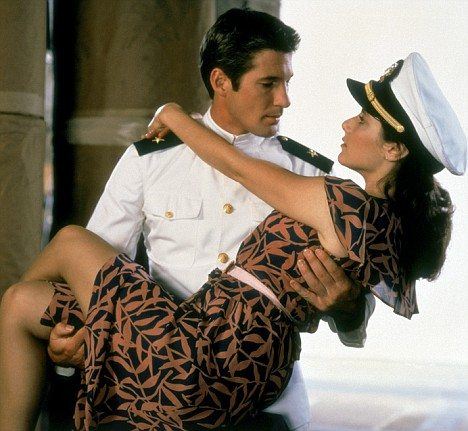 AN OFFICER AND A GENTLEMAN, Richard Gere, Debra Winger, 1982, (c) Paramount/courtesy Everett Collection